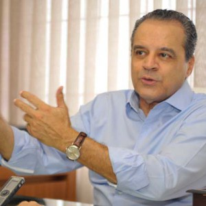 Henrique Eduardo Alves, Líder da bancada do PMDB na Câmara dos Deputados