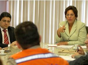 Governadora reunida co secretários