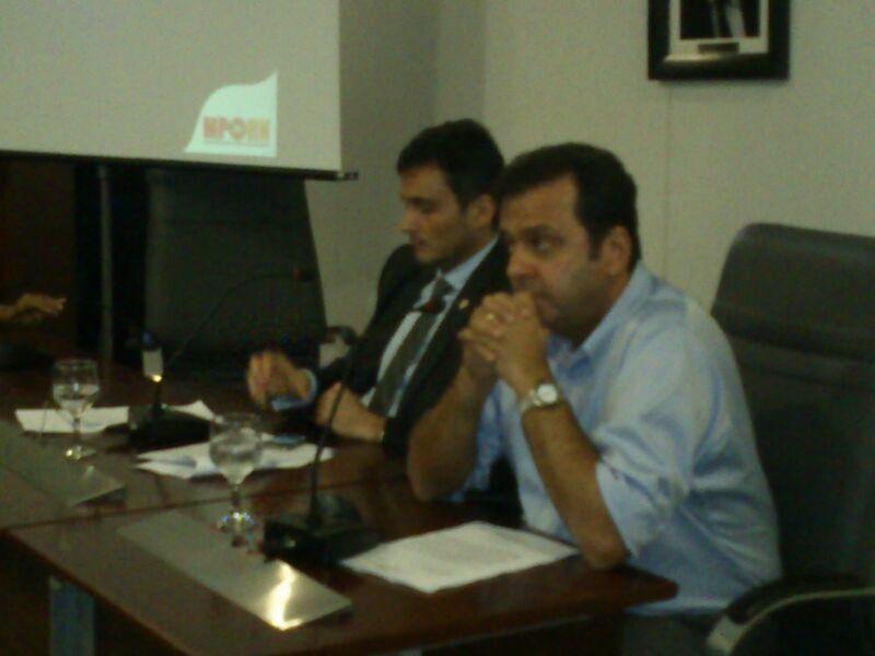 Prefeito eleito Carlos Eduardo Alves assiste à apresentação do MPE do RN