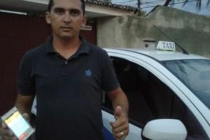 Diwillson dos Santos, 26, taxista.