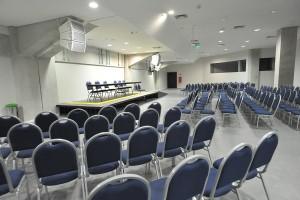 Auditório com 250 lugares é um dos espaços disponíveis para eventos (Foto: Alberto Leandro)