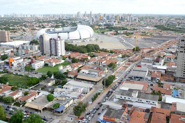 Moradores e comerciantes localizados em um perímetro de 2 km da Arena terão que se adequar às regras e restrições da Fifa. (Foto: Adriano Abreu)