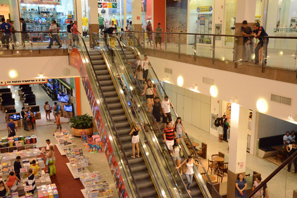 Natal Norte Shopping, na zona Norte de Natal: em direção contrária ao setor nacional, o shopping espera crescer durante a Copa. (Foto: Adriano Abreu)