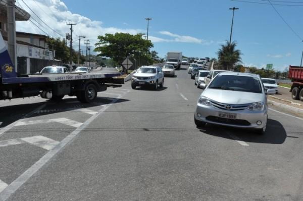 Motoristas terão que seguir no contra fluxo da Salgado Filho (Foto: Alberto Leandro)