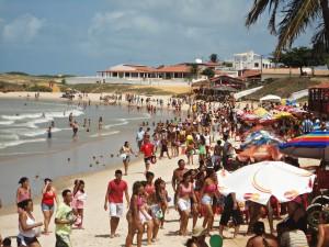 Carnaval em praia do município de Touros. (Foto: touroslitoral.blogspot.co)