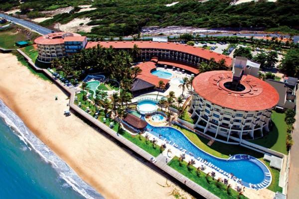 Hotel situado na Via Costeira. (Foto; www.parquedacosteira.com.br)
