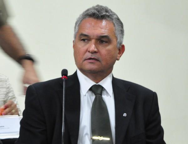 General Eliéser Girão Monteiro Filho, foi empossado pela governadora Rosalba Ciarlini, como o novo titular da Secretaria de Estado da Segurança Pública e Defesa Social. (Foto: www.novojornal.jor.br)