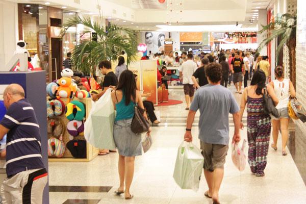 Shopping em Natal: com 853 mil habitantes, cidade tem potencial para consumir R$ 14,5 bilhões. (Foto: Alex Regis)