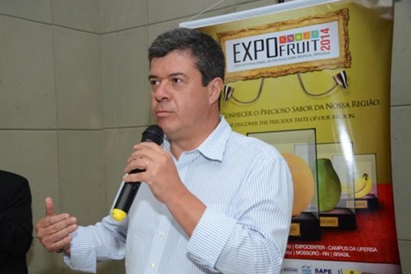 """""""O papel da Expofruit é de aumentar as vendas das frutas regionais e os insumos dos produtores"""", afirmou Luiz Roberto Barcelos (Foto: Alcivan Costa/Divulgação)"""