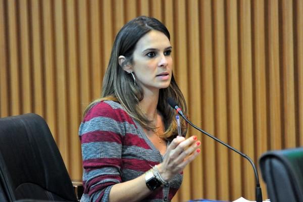 Para Júlia Arruda (PSB), extinção da Semul seria um retrocesso (Foto: Wellington Rocha)