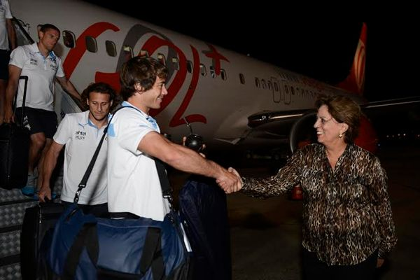 Governadora Rosalba Ciarlini recepciona time uruguaio. (Foto: www.robsonpiresxerife.com)