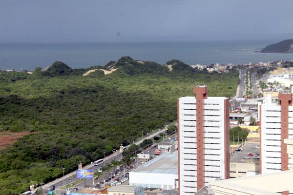 Ampliação da Roberto Freire prevê a desafetação de 4,5 hectares. (Foto: Joana Lima)