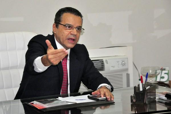 Henrique decide disputar governo (Foto: Wellington Rocha)