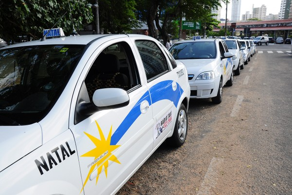 Em eventos públicos e privados deverá ter pontos de táxis  (Foto: Wellington Rocha)