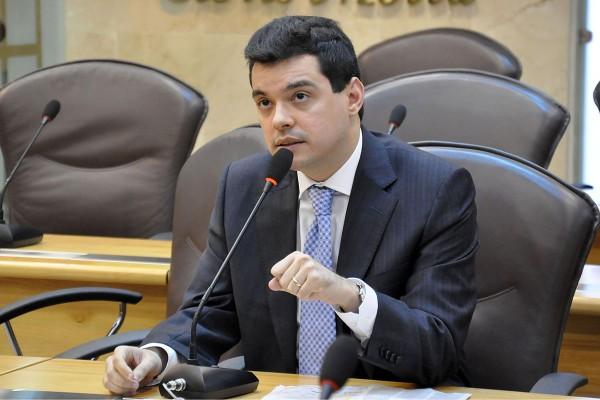 Walter Alves vai pra disputa de deputado federal (Foto: João Gilberto / ALRN)