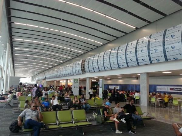 Saguão do aeroporto internacional Aluizio Alves. (Foto: newsavia.com)