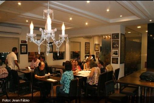 Com ambiente aconchegante, o Caffè Trieste é uma boa opção para os amantes de café. (Foto:  Jean Fábio)