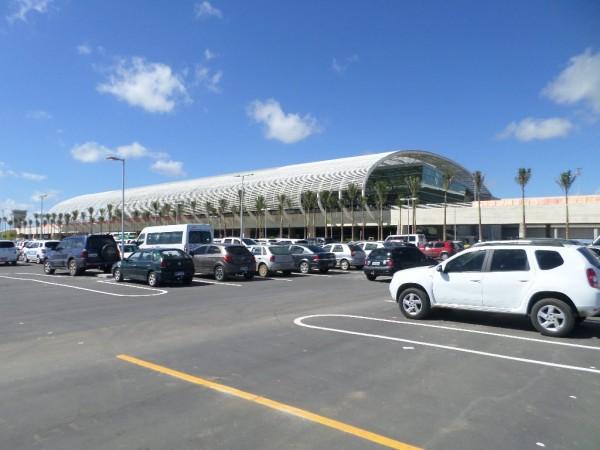 Área externa do aeroporto Aluizio Alves em São Gonçalo do Amarante. (Foto: fotospublicas.com)