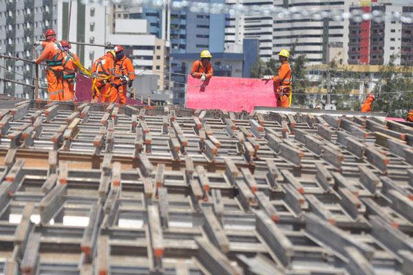 Apesar da expansão global do emprego, atividades como a construção tiveram resultado negativo. (Foto: Magnus Nascimento)