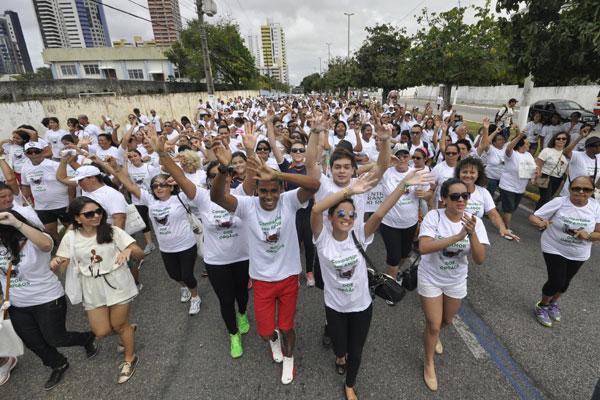 Caminhada foi realizada ontem para dar visibilidade ao tema e marcar o Dia Nacional de Doação. (foto: Magnus Nascimento)