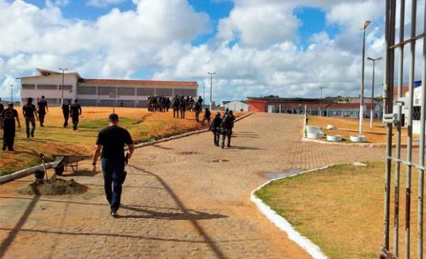 Na Penitenciária Estadual de Alcaçuz, maior unidade prisional do estado, presos também se negam a comer (Foto: Henrique Dovalle/G1)
