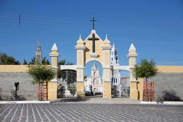 Estudo identifica diferenças sociais nos cemitérios do Seridó. (Fotos da matéria: Anastácia Vaz)