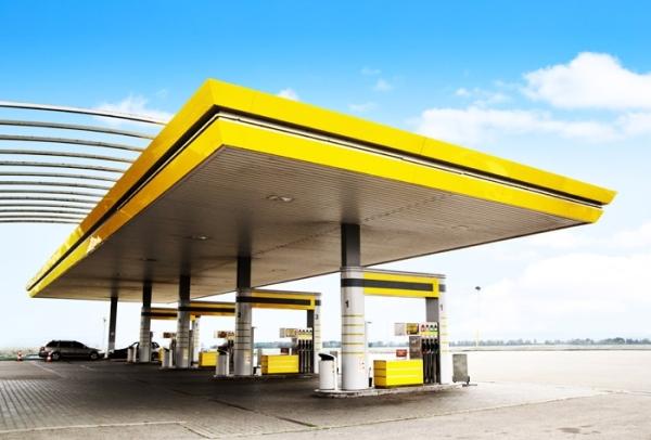 Quadro informativo deve estar visível aos consumidores. (Foto: www.brasilpostos.com.br)