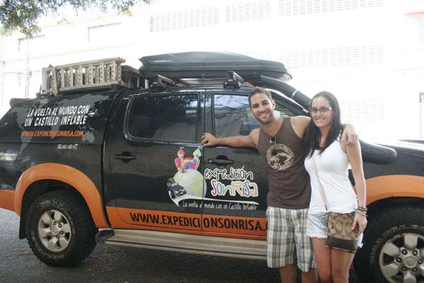 Argentino Facundo Mattos e a namorada percorrem países da América há mais de 11 meses. (Foto: Joana Lima)