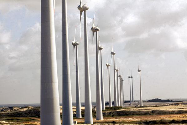 Após o bom desempenho dos anos iniciais, quando foi destaque nos leilões de energia eólica, o RN encerra 2014 com resultados aquém do esperado. (Foto: Alex Régis)