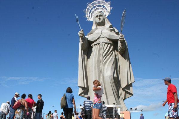 Imagem de Santa Rita de Cássia, em Santa Cruz: Lei aposta em roteiros temáticos, como o religioso. (Foto: Emanuel Amaral)