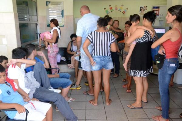 No Hospital Municipal Sandra Celeste cerca de 700 pacientes são atendidos diariamente. (Foto: Novo Jornal)
