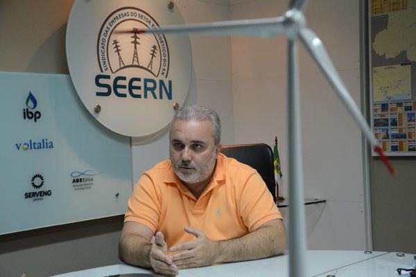 O presidente do Sindicato das Empresas do Setor Energético traça panorama da atividade e explica projeto que beneficiaria estados como o RN. (Foto: Junior Santos)