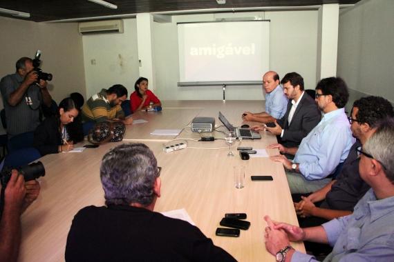 Reunião entre Prefeitura de Natal e fundadores do Colab.re fecha parceria para adesão ao aplicativo. (Foto: Assessoria/Secom)